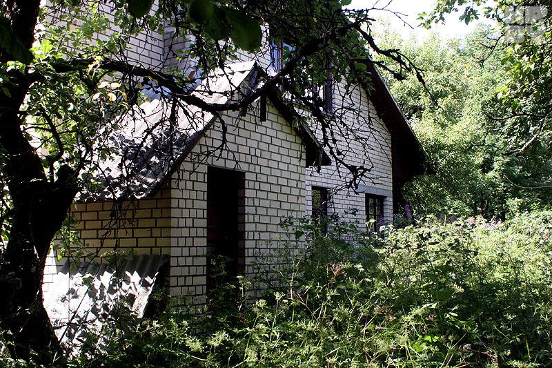 После смерти Мулявина на даче никто не жил. Фото: Геннадий МОЖЕЙКО