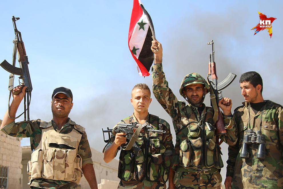 Коалиции желающих раздербанить Сирию противостоит армия Башара Асада, в которой 120-150 тысяч человек Фото: Александр КОЦ, Дмитрий СТЕШИН
