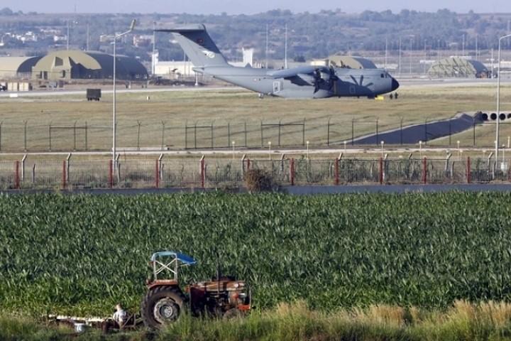 Турецкая авиабаза «Инджирлик» расположена недалеко от сирийской границы Фото: REUTERS