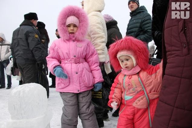 Многие приезжали с детьми Фото: Николай АЛЕКСАНДРОВ