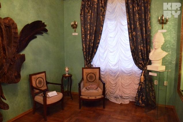 Александр Михал Сапега восстановил дворец в угоду своей жены