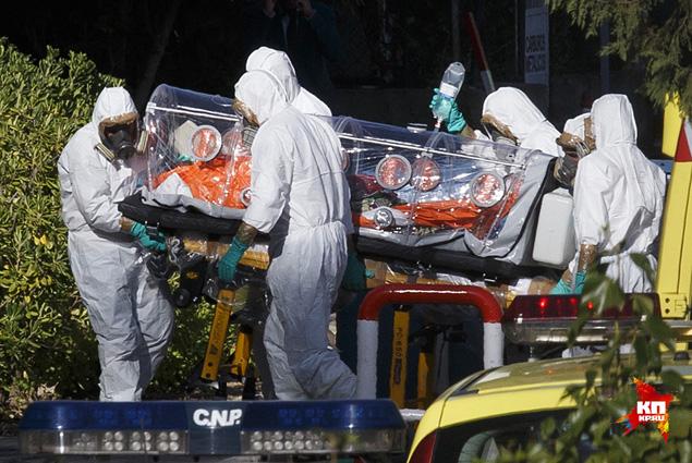 Лихорадка Эбола - это так называемая природно-очаговая болезнь. Географически территории таких инфекций ограничены природными очагами, т.е. экосистемами, где они поддерживаются в каком-то первичном резервуаре Фото: REUTERS