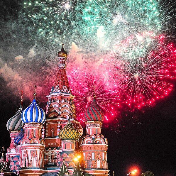 Салют на Новый год в Москве