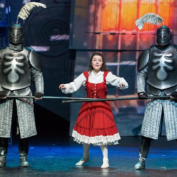 Новогодний спектакль «Снежная Королева»