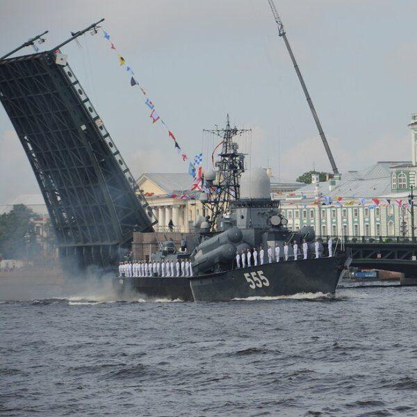 Как украсят Санкт-Петербург ко Дню ВМФ