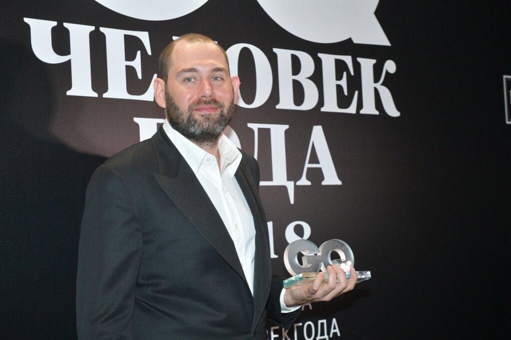 Создатель «Домашнего ареста» Семен Слепаков выпустил сериал про пандемию