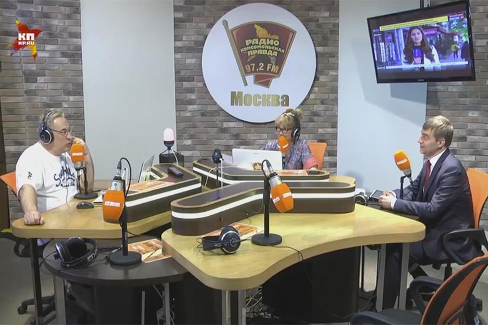 Андрей и Юлия Норкины обсуждают главные темы с зампредседателя Госдумы Сергеем Железняком.