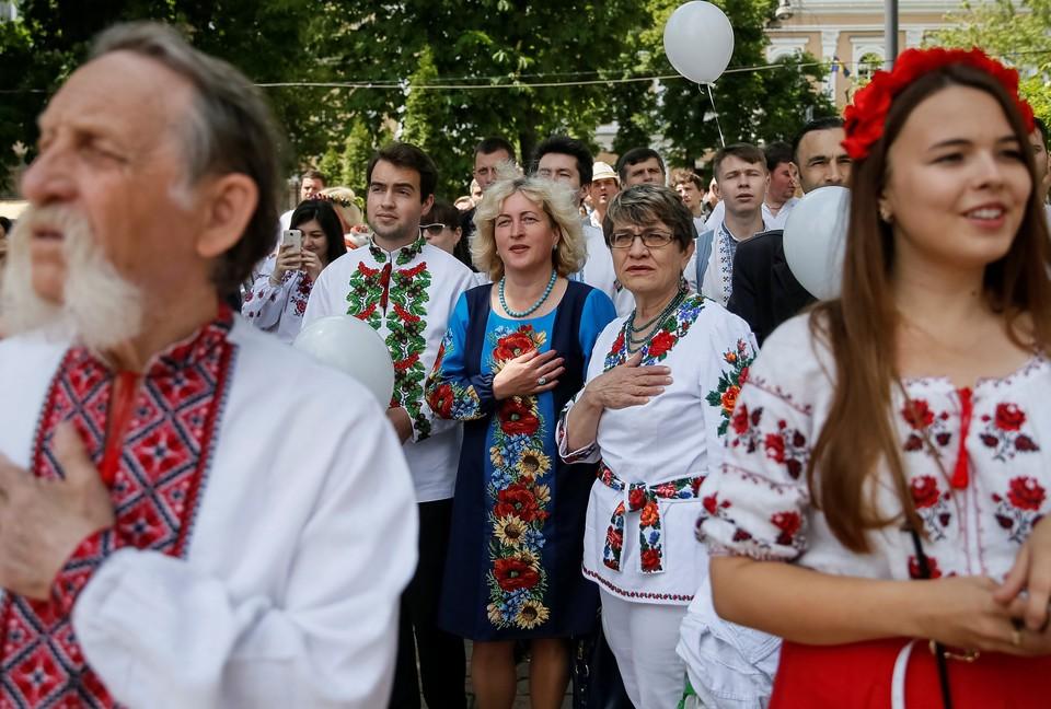 На Украине забывают русский и учат польский.