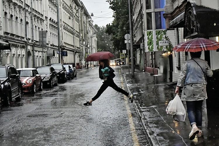 Синоптики готовили москвичей к «ветхозаветному» потопу, какого в городе не было последних 50 лет.