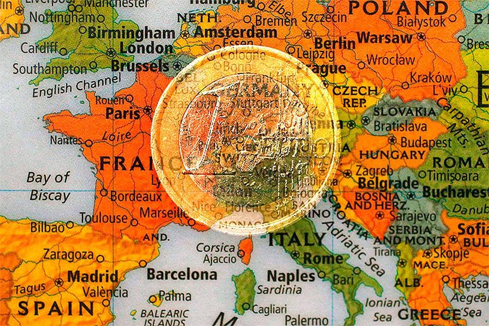 Курс евро вырос до 72 рублей.