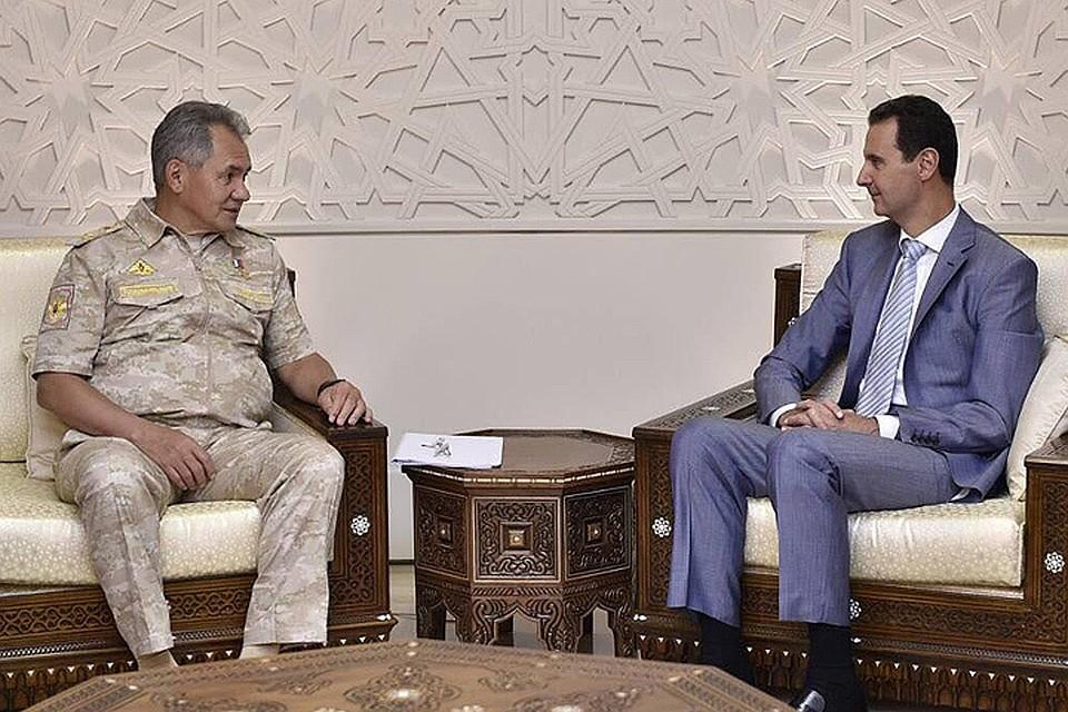 Министр обороны РФ Сергей Шойгу и Башар Асад на встрече в Дамаске. ФОТО Пресс-служба президента Сирии