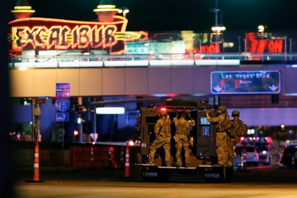 В результате массовой стрельбы в Лас-Вегасе погибли больше 50 человек