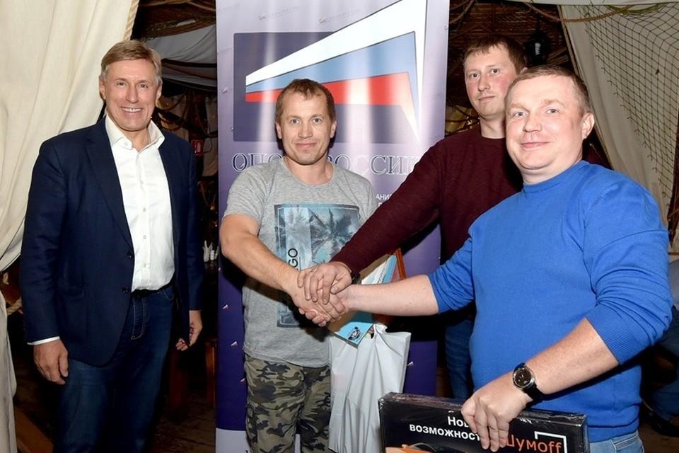 Призы вручал постоянный партнер соревнований - председатель брянской «ОПОРЫ РОССИИ», депутат областной думы Виктор Гринкевич