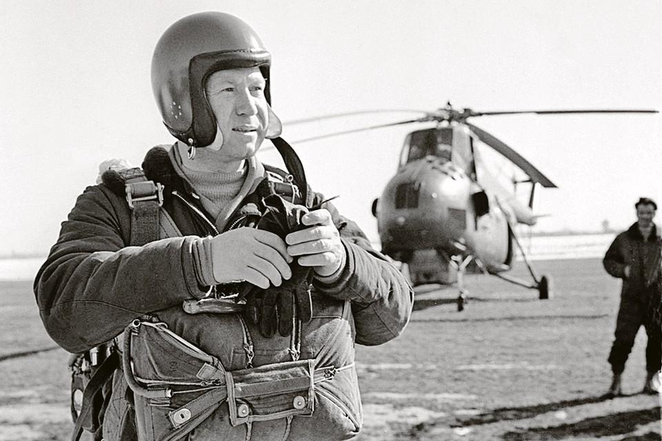 В состав экипажа «Аполлона -20» входил летчик-космонавт СССР Алексей Леонов. Фото: Валентин ЧЕРЕДИНЦЕВ/TASS