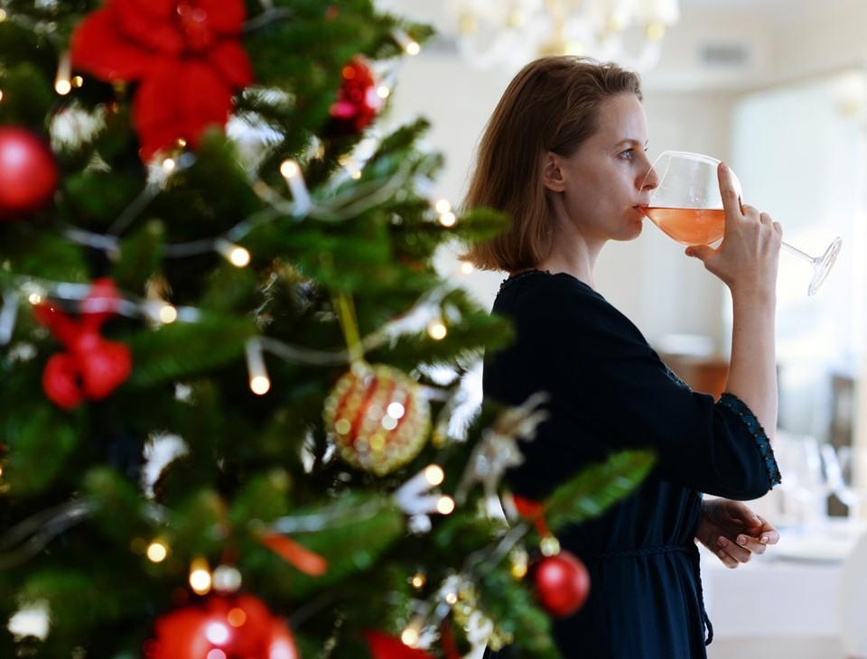 Молодежь уже не увлекается алкоголем, даже по праздникам. Фото: Олег РУКАВИЦЫН.