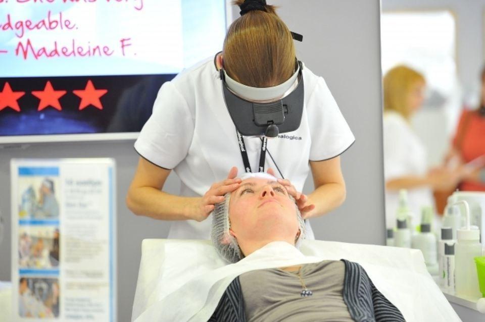 Косметологи уверяют, сегодня чистка лица в Краснодаре является, пожалуй, самой востребованной процедурой