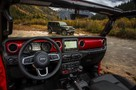 Jeep Wrangler 2018: американцы показали интерьер