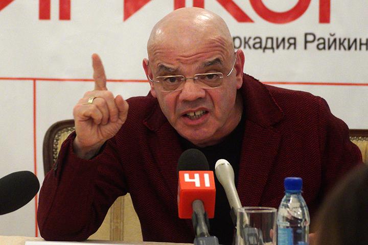 Вместо того, чтобы обращаться к общественности, Константин Аркадьевич должен был принимать меры по устранению недостатков еще год назад