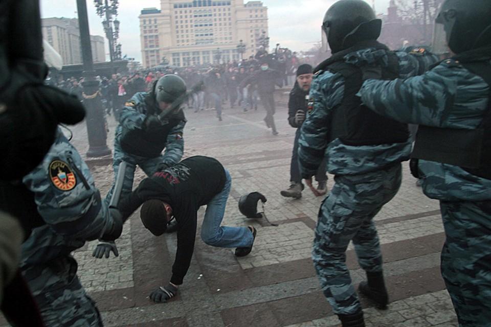 Западу нужен не приход к власти его марионеток, а незавершенный переворот, безвластие, хаос, срыв России в смуту и разрушение нашей государственности