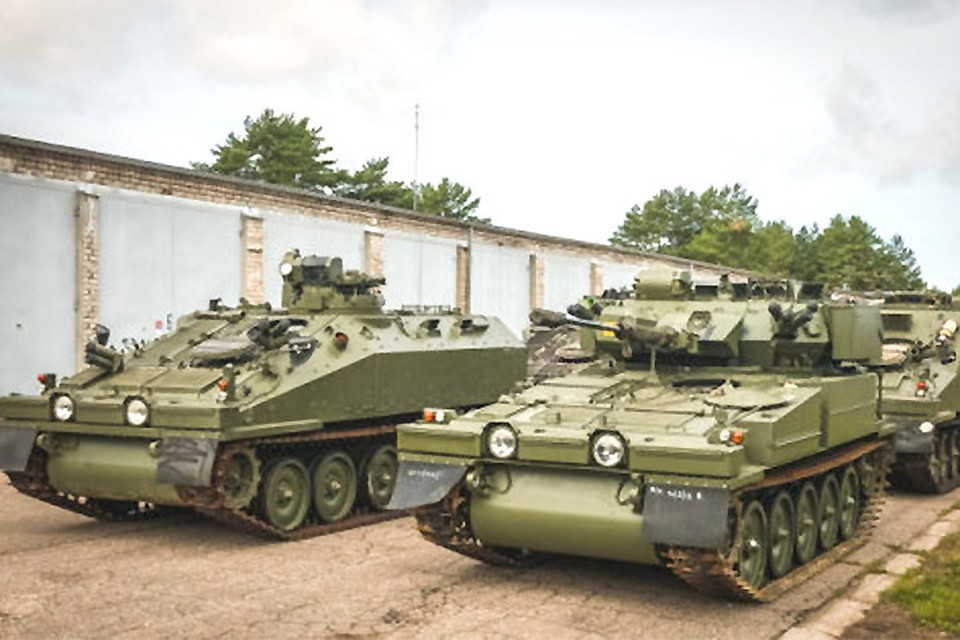 Латвия купила 123 устаревшие боевые машины за 70 миллионов евро. Фото: Министерство обороны Латвии