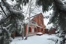 Аномально теплая зима обрушила спрос на аренду коттеджей в Подмосковье