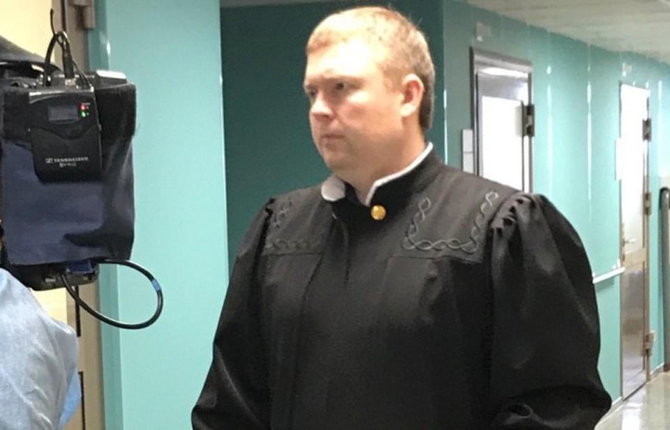 Судья пришел в палату к подросткам