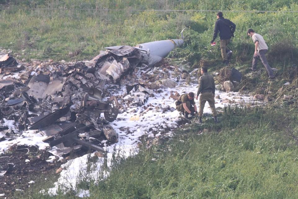 В сети появились фото с места падения F-16 ВВС Израиля, сбитого сирийцами