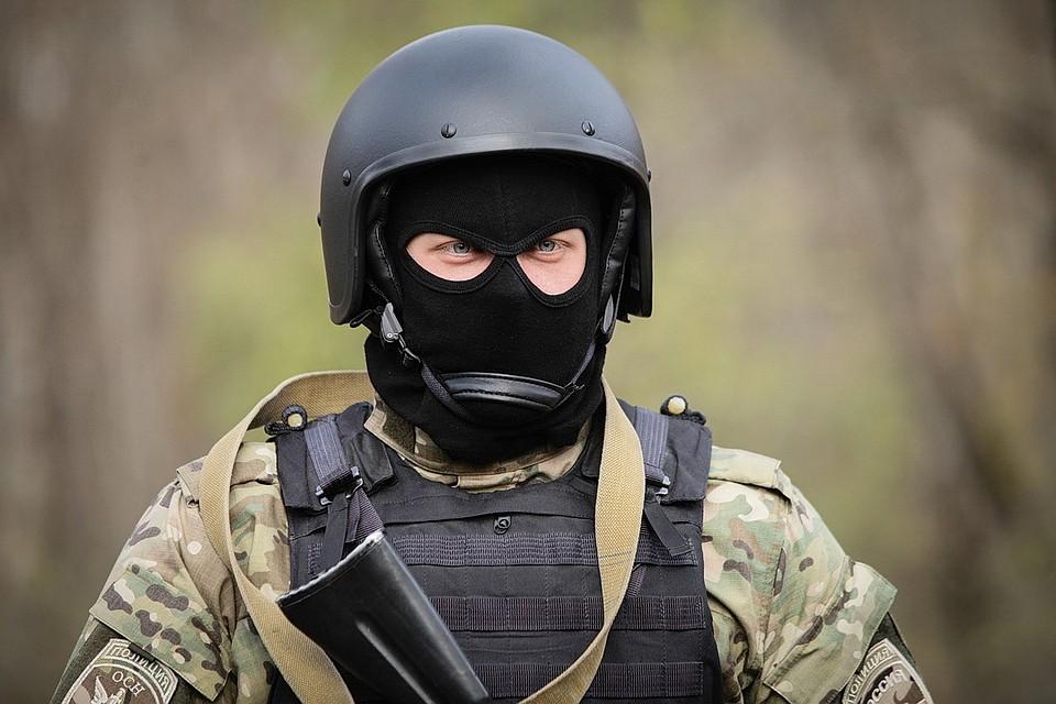 """Обыск в офисе дагестанского """"Газпрома"""" попал на видео"""