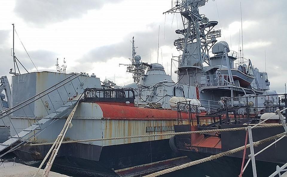 Порошенко: Киев готов получить обратно свои корабли только вместе с Крымом