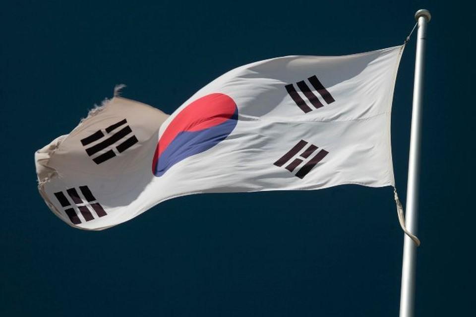 Экс-президента Южной Кореи Ли Мен Бака обвинили в коррупции