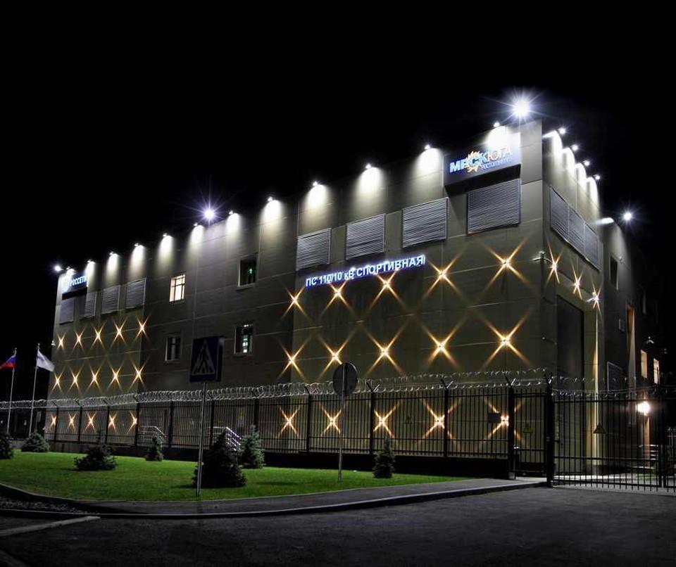 """Подстанция """"Спортивная"""" будет полностью обеспечивать электроэнергией новый стадион. Фото: пресс-служба МРСК Юга."""