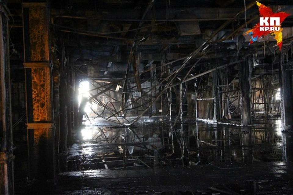 Специалисты МЧС установили очаг возгорания в «Зимней вишне»