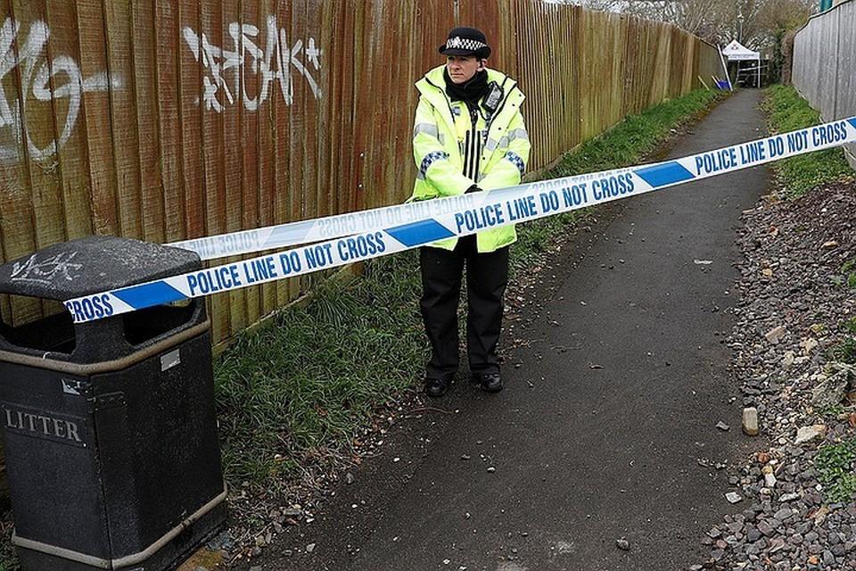 Лондонские полицейские обнаружили подозрительный автофургон