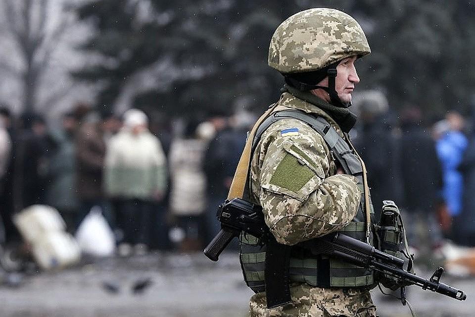 ЛНР: Киев продолжает стягивать живую силу и тяжелые вооружения на линию соприкосновения в Донбассе