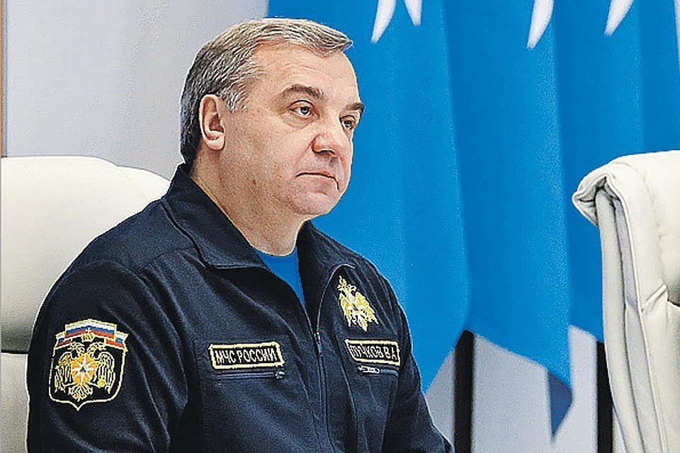 Глава МЧС России Владимир Пучков. Фото: пресс-служба МЧС