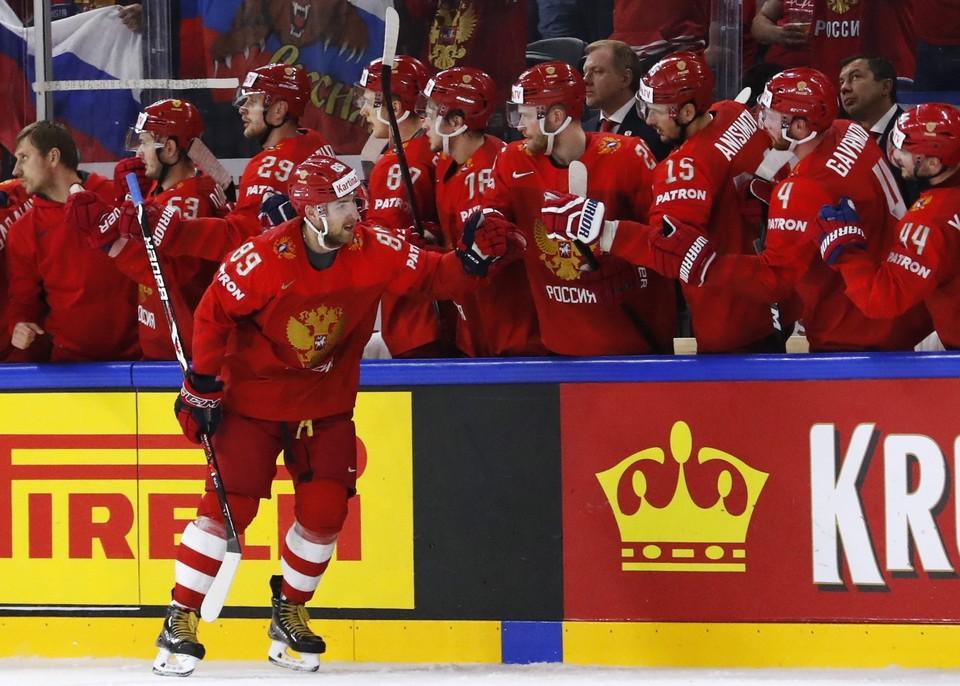 Россия сыграет в понедельник против Словакии.