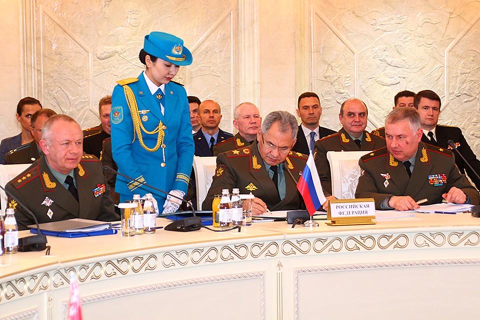 Заседание Совета министров обороны стран – членов ОДКБ состоялось сразу после переговоров с главой государства