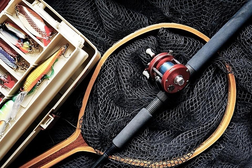 Из одного авто вор вытянул рыболовных снастей на сумму свыше 300 рублей.  Фото  pixabay cb85f54ba4046