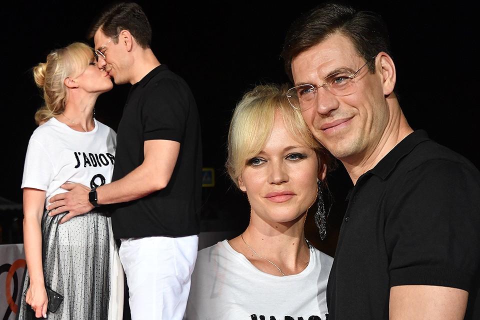Дмитрий и Татьяна Дюжевы.