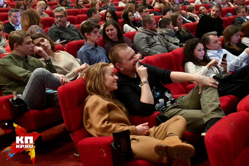 Режиссером-постановщиком спектакля выступил Алексей Серов из Санкт-Петербурга.