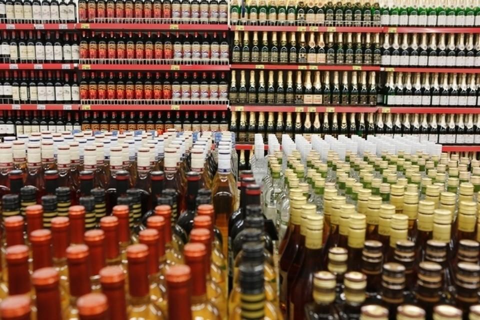 В России начинает действовать механизм внесудебной блокировки онлайн-магазинов алкоголя