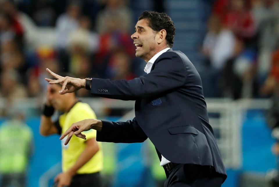 Фернандо Йерро - главный тренер сборной Испании.