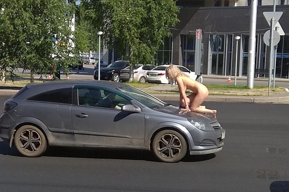 golaya-v-ufe-foto-erotika-belaya-devushka-i-negr-vo-vseh-pozah-foto