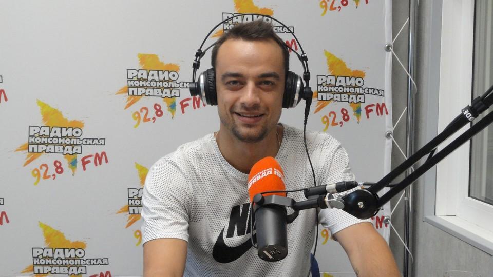 телеведущий, спортивный комментатор «Первого канала» Павел Занозин