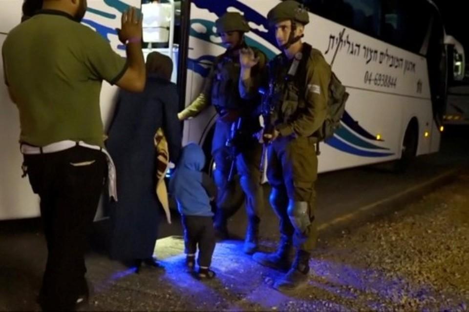 Израиль эвакуировал из Сирии несколько сотен «Белых касок» и членов их семей