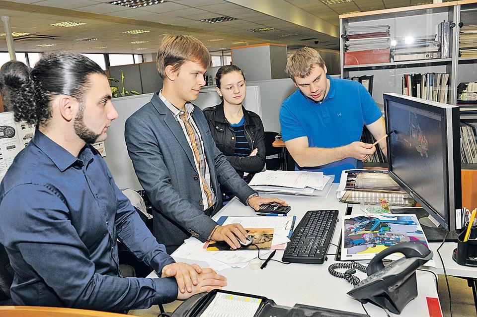 Молодые инженеры ГАЗа работают над транспортом будущего. Автор фото: Михаил СОРОКИН.
