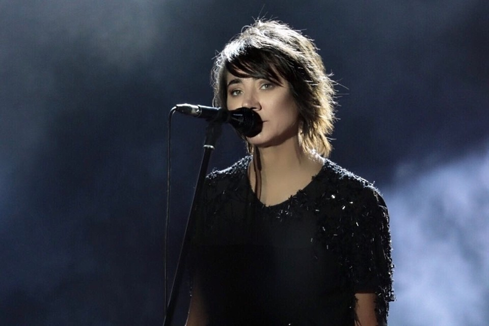 Интрига, которая была «замешана» за месяц до фестиваля - выступление на одной сцене Земфиры, Монеточки и Гречки, провалилась.