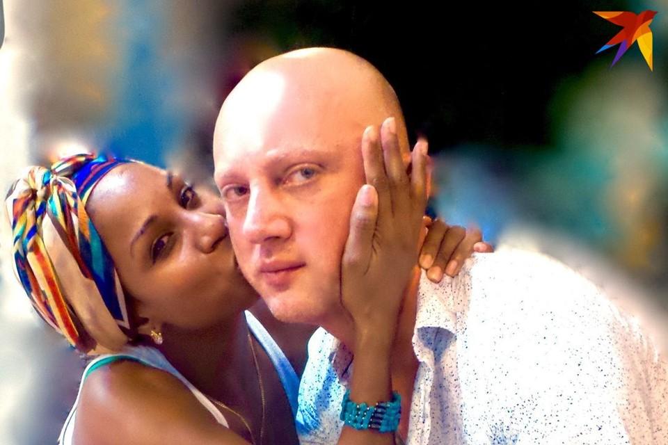Серж Бондарчук с новой избранницей - кубинской артисткой Эдглис Хайле Моньер. Фото: личный архив.