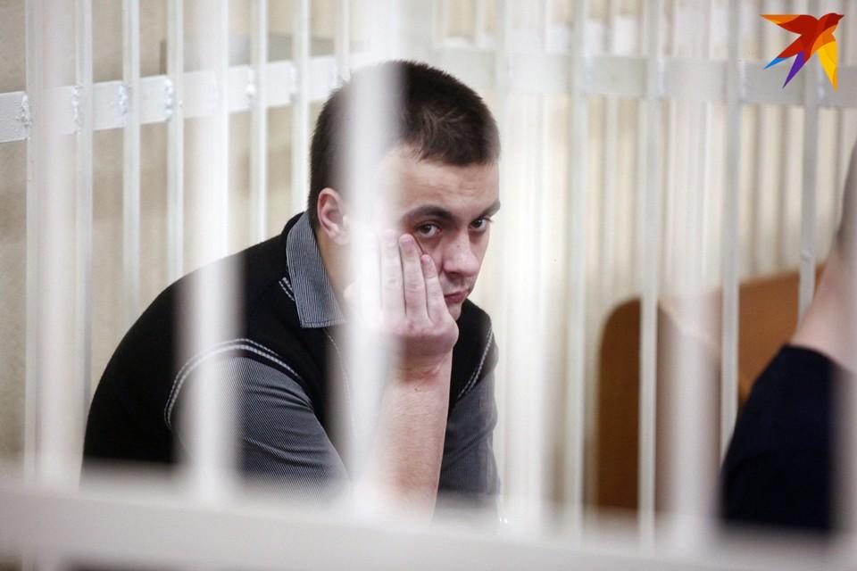В суде Московского района Минска продолжается судебное слушание по делу погибшего 21-летнего солдата Александра Коржича.