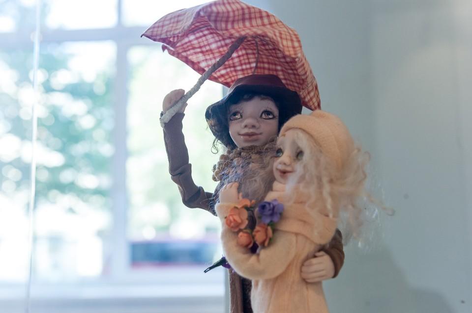 Создательнице трогательных кукол было всего пятьдесят